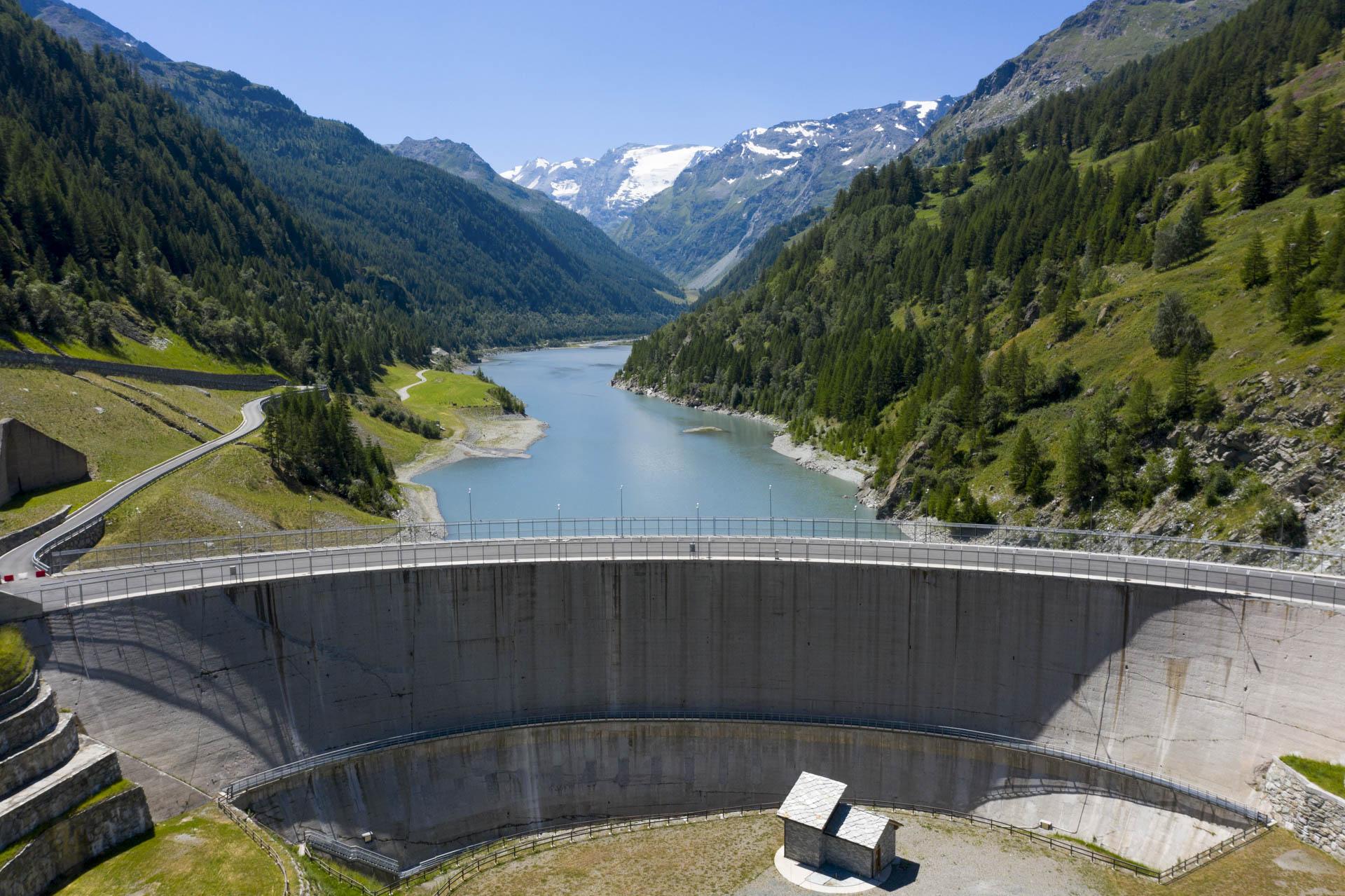 Impianto di produzione idroelettrica - Bacino di Beauregard