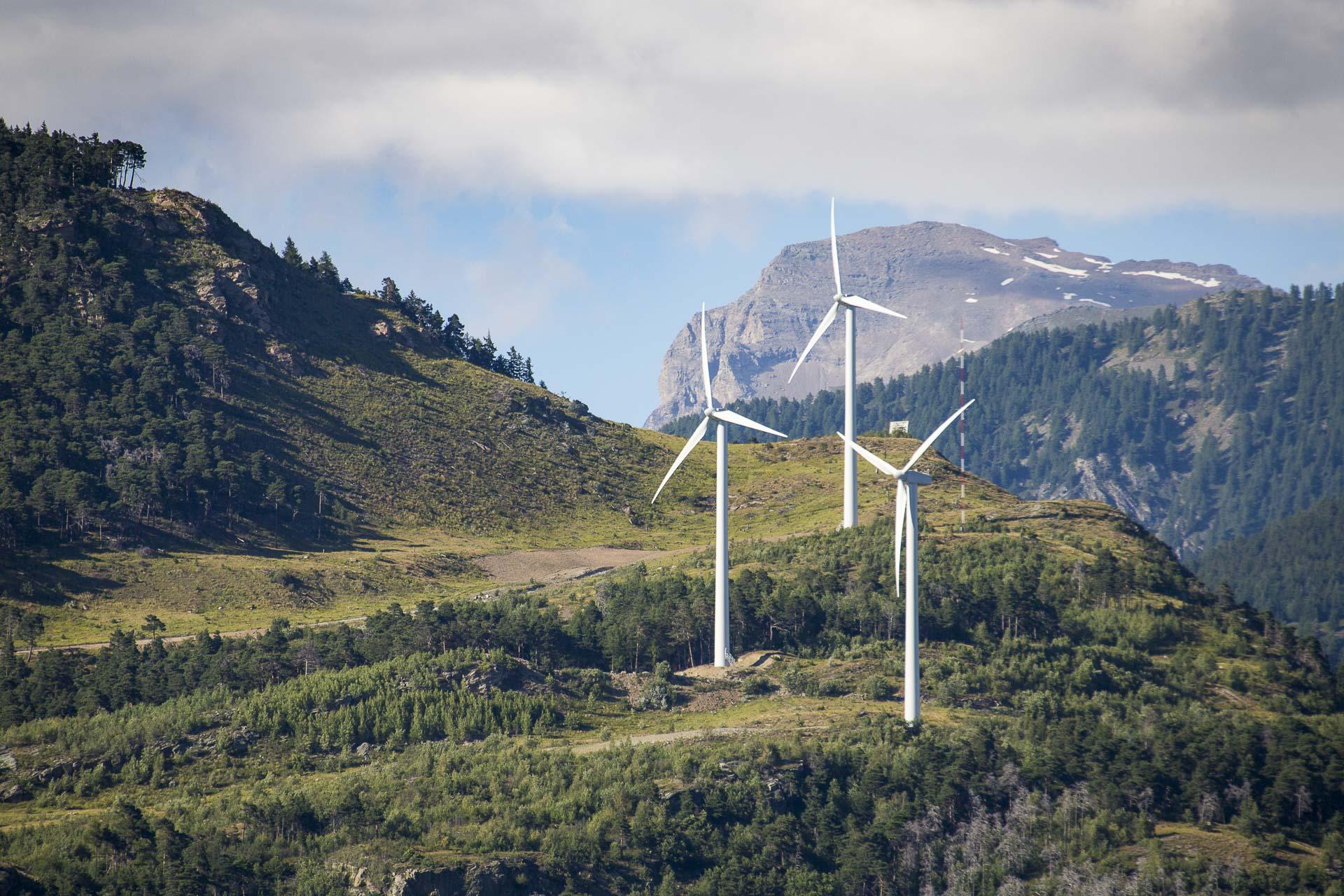 Impianto produzione energia verde eolica 100% Green Saint-Denis